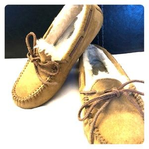 Tan UGG slippers size 6